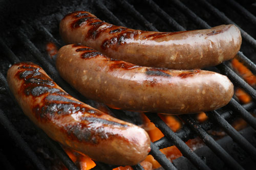 the origins significance and history of sausages in germany The german and austrian frankfurter also is known as a würstchen, or little sausage, and many varieties of these sausages exist in germany and austria, frankfurters are eaten warm with sauerkraut and cold, if lightly smoked, with potato salad.